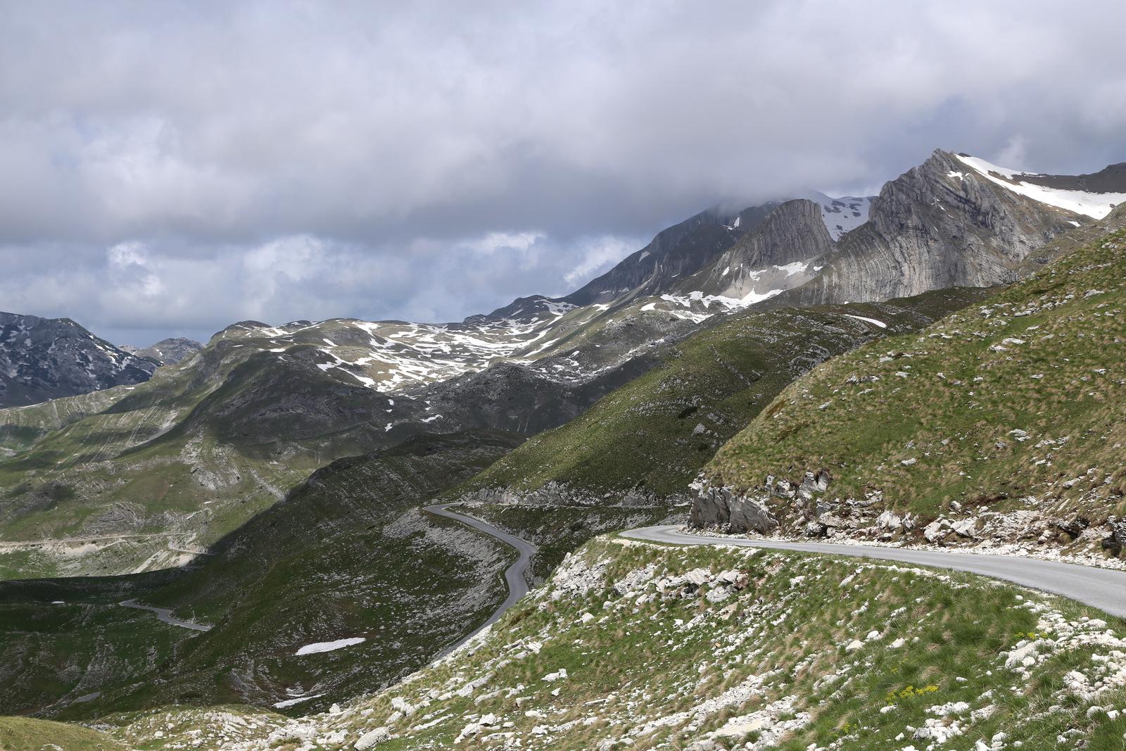 Durmitor, mountain road from Zabljak to Pluzine
