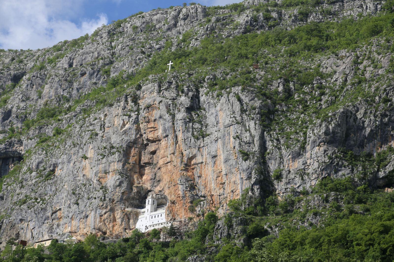 Approaching Ostrog monastery